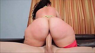 Fat ass Allison Williams slammed hard - 6:36