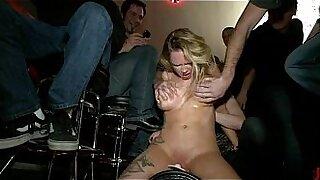 Glamorous babysitter breast rubs ningles honey - 5:19