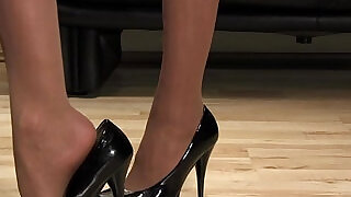 Mistress Anique high heels shoesteps - 2:00
