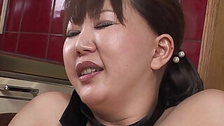 Chubby MILF moans while her hairy pussy is toyed