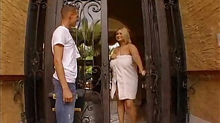 Samantha gets fucked by the plumber - 20:00