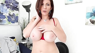 Busty teacher ms. sara jay double fingers bangs her wet box - 8:00