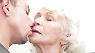 Euro grandmothers hairypussy fucked - 6:00