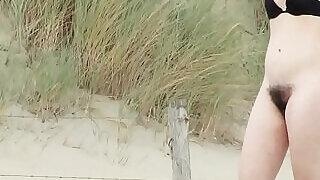 Amateur Nudist Beach Milfs Ass Pussy Close Ups - 14:00