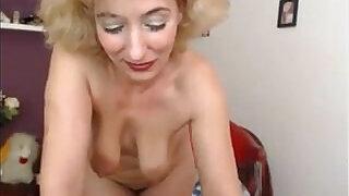 Blonde Teasing - 20:00