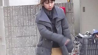 Japanese hos public pee - 10:00