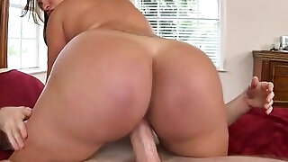 Amateur big ass ho blowjob - 7:00