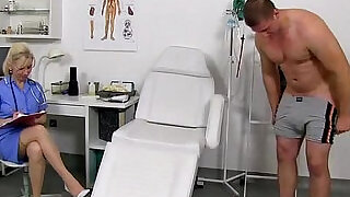 Stocking legs cougar doctor Maya stroking penis till cum on tits - 6:00