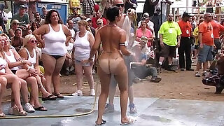 amateur nude contest at this years nudes a poppin festival in indiana - 18:00