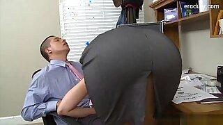 Stripper Kiki Summers and sexy student Kirsten Henock - 24:43