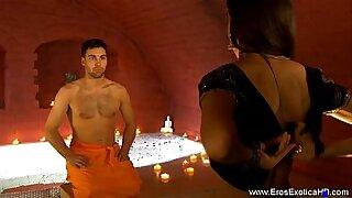 Kinky shopper banks on couple in money video, full movie - 14:35