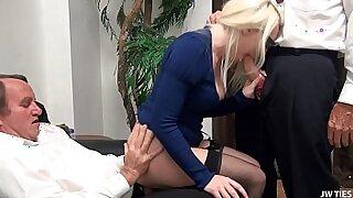Hollywood Blonde With Huge Juggernaut Masturbating Facials - 28:01